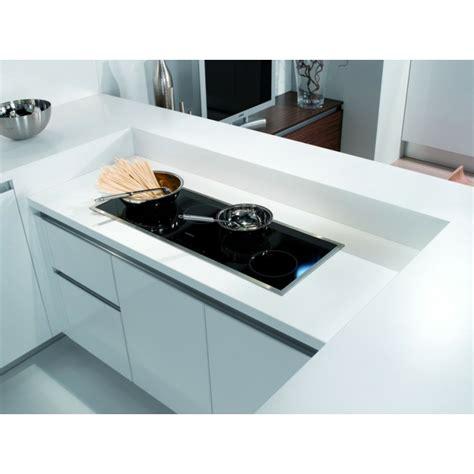cuisine blanche laqu馥 cuisine blanche laque cuisine laquee blanche plan de travail gris avec cuisine blanche avec plan de travail images cuisine gris blanc laque