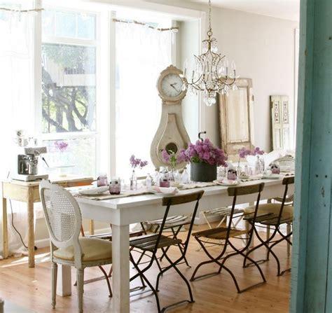 mix and chic cottage style la d 233 co cagne chic s invite dans la salle 224 manger