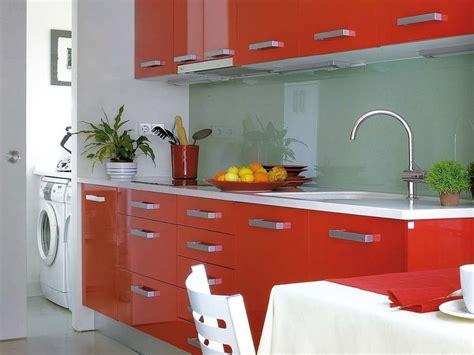 muebles de cocina en  colores vivos decoshabby