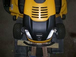 Cub Cadet Zero Turn Hybrid - Ztt50    I1050