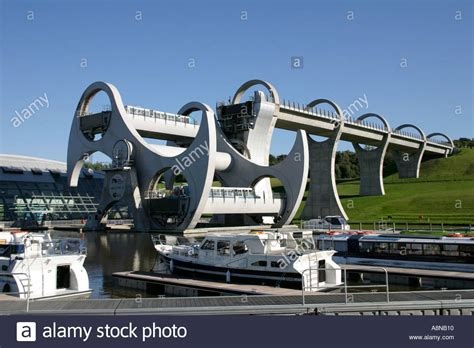 Boat Lift Scotland by Falkirk Wheel Boat Lift Union Canal Falkirk West Lothian