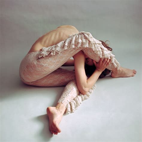 Body movement. Portrait photo print   Mag Juchnik