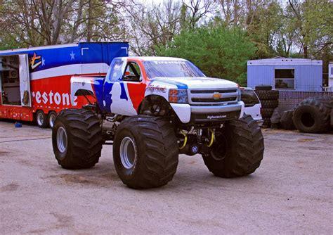 bigfoot monster truck game free monster truck games oversize online racing games html