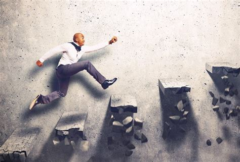 ways  overcome common start  business obstacles