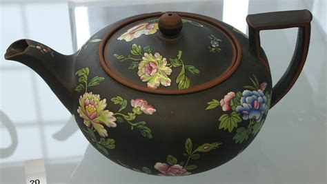 blw teapot with chinese flowers jpg