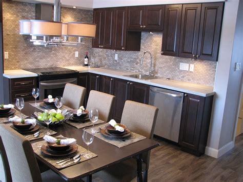 cuisine couleur chocolat fexa rénovation de salle de bain armoire de cuisine et