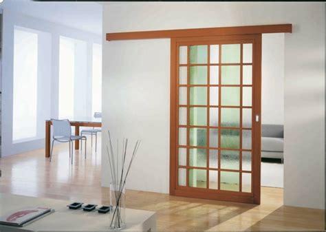 porte de chambre coulissante la porte coulissante 19 exemples de portes cools et lissantes