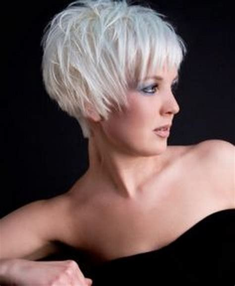 HD wallpapers short hairstyles for gray hair 2012