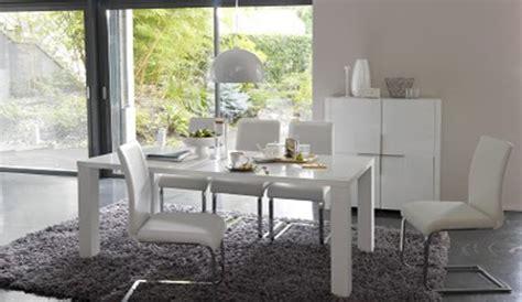 bureau blanc la redoute quelle couleur sur les murs avec des meubles en pin et des