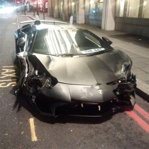 lamborghini aventador sv smashed   london