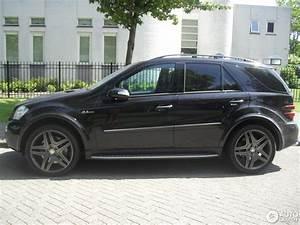 Laderaumabdeckung Mercedes Ml W164 : mercedes benz ml 63 amg w164 20 may 2014 autogespot ~ Jslefanu.com Haus und Dekorationen