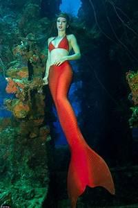 Meet The World U0026 39 S First Professional Mermaid Who Teaches