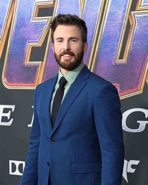 Avengers Endgame LA World Premiere!!! | Chris evans ...