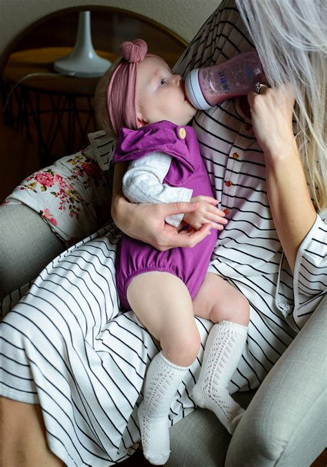 Bottle Feeding A Breastfed Baby Hello Ivory Rose