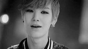 Zelo GIF - Find & Share on GIPHY