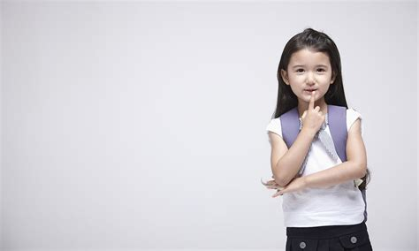 when should my child start school momcenter philippines 666   Preschool or Kinder – At What Age Should My Child Start School res