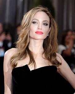 Mastectomies transcend Angelina Jolie beyond past image ...