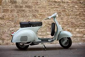 A Quel Age Peut On Conduire Une Moto 50cc : moto sans permis de conduire moto plein phare ~ Medecine-chirurgie-esthetiques.com Avis de Voitures