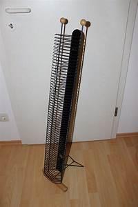 Cd Ständer Metall : biete cd st nder holz buche metall schwarz f r 62 cds 102 cm kleinanzeige im ~ Frokenaadalensverden.com Haus und Dekorationen