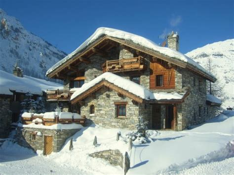 chalet a vendre en montagne location appartement en chalet chalet d 4 aigles mention or label qualit 233 de val d is 232 re