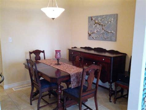 dining room  incorporating antique furniture