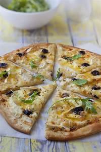 Recette Pizza Chevre Miel : pizza ch vre miel cr me fraiche recette pizzas pizza ~ Melissatoandfro.com Idées de Décoration