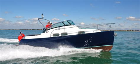 Small Boat In English by Boats For Sale New Boats Used Boats Tbs Boats