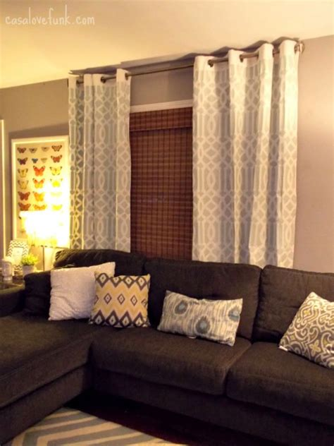 what colour curtains go with grey walls and brown sofa