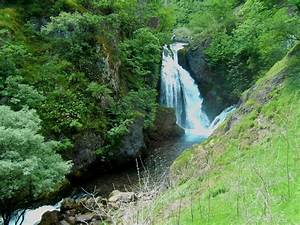 White Drin Wate... Waterfall