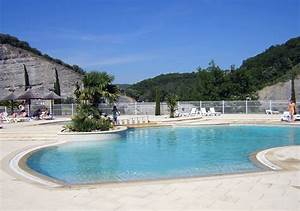 location camping le riviera location vacances vallon pont With camping a vallon pont d arc avec piscine