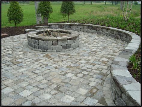 firepit wall keystone country manor and hton blend pavers
