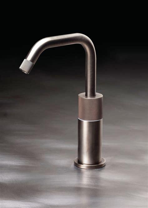 watermark kitchen faucets watermark designs single lever monoblock faucets custom