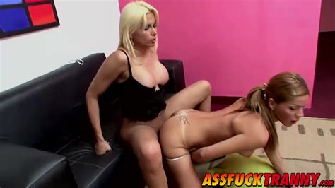 Gorgeous Brunette Tranny Gets A Hard Fucking From Azul