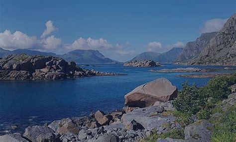 Makšķerēšana fjordā Norvēģijā   Ravariba