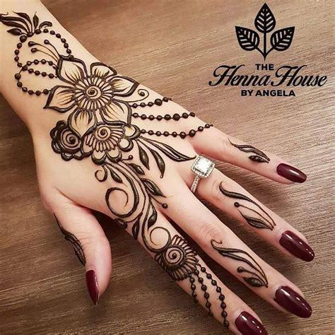Beautiful Henna Designs For Pakistani Girls & Women 2017