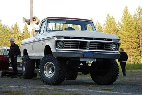 '73 Ford  Lmc Truck Life  Blue Oval 1973 1979