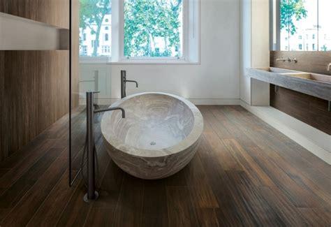 quel rev 234 tement de sol pour votre salle de bain
