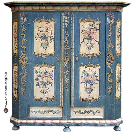 armadio dipinto mobili tirolesi antichi originali