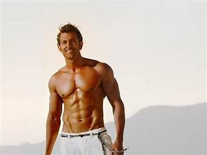 Famous Bollywood Actor Hrithik Roshan 6 Pack Abs Body HD ...