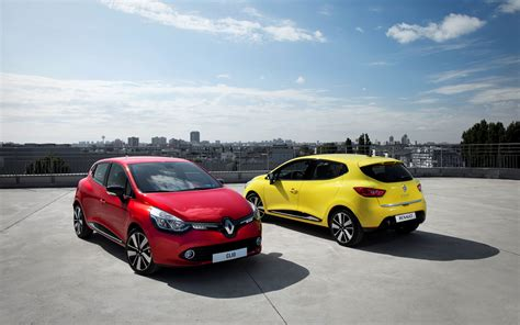2013 Renault Clio Wallpaper