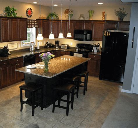 ideal kitchen island overhang