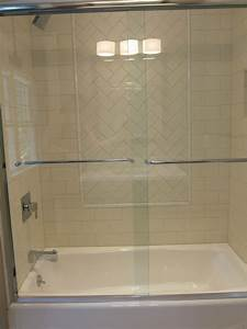 4x8 Subway Tile With 3x6 Herringbone Window