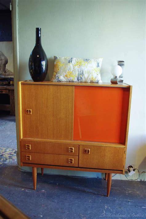 paire de meubles scandinaves des ann 233 es 60 par le marchand