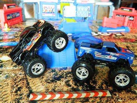 Best Bigfoot Monster Truck Toy Photos 2017 Blue Maize