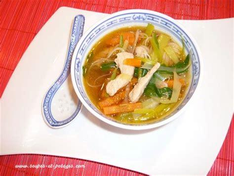 cuisiner choux blanc potage pak choï et poulet thaï soupe asiatique soupes