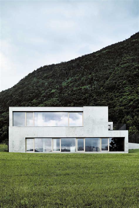Die Besten Einfamilienhäuser by Betonhaus In Der Landschaft Moderne Einfamilienh 228 User