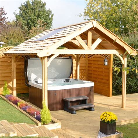 hot tubs milton keynes  northamptonshire hot tubs