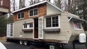 Small Log Homes Photo