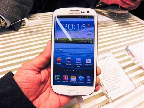 finally samsung galaxy s iii in india at rs 43 180
