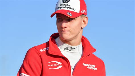Here you can listen to team radios that you cannot find elsewhere! Mick Schumacher: Formel-2-Premiere rückt näher